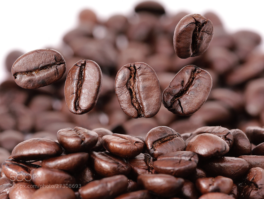 Photograph Floating Coffee Beans by Prachit Punyapor on 500px