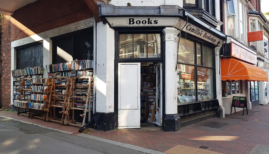Camilla's Bookshop by Sandra  on 500px.com