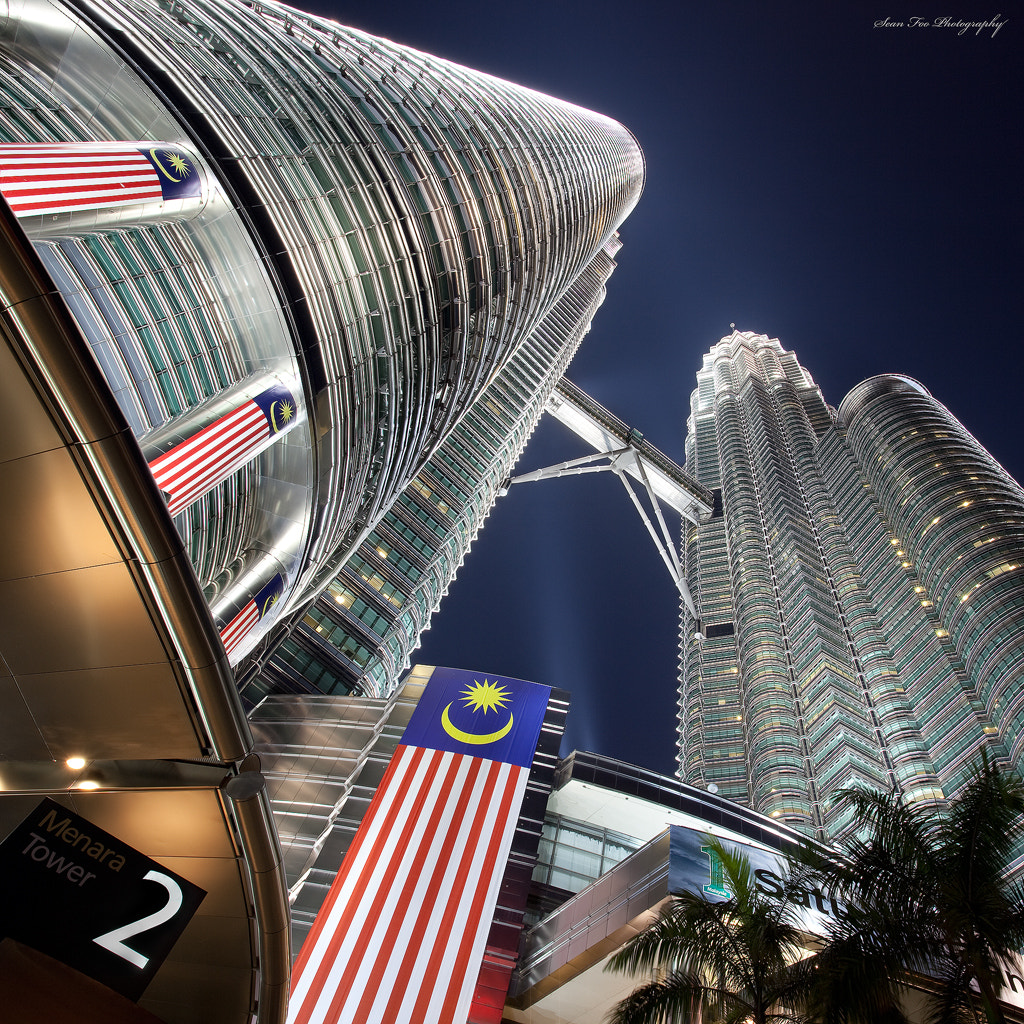 Photograph The Petronas Twin Towers by Sean Foo on 500px