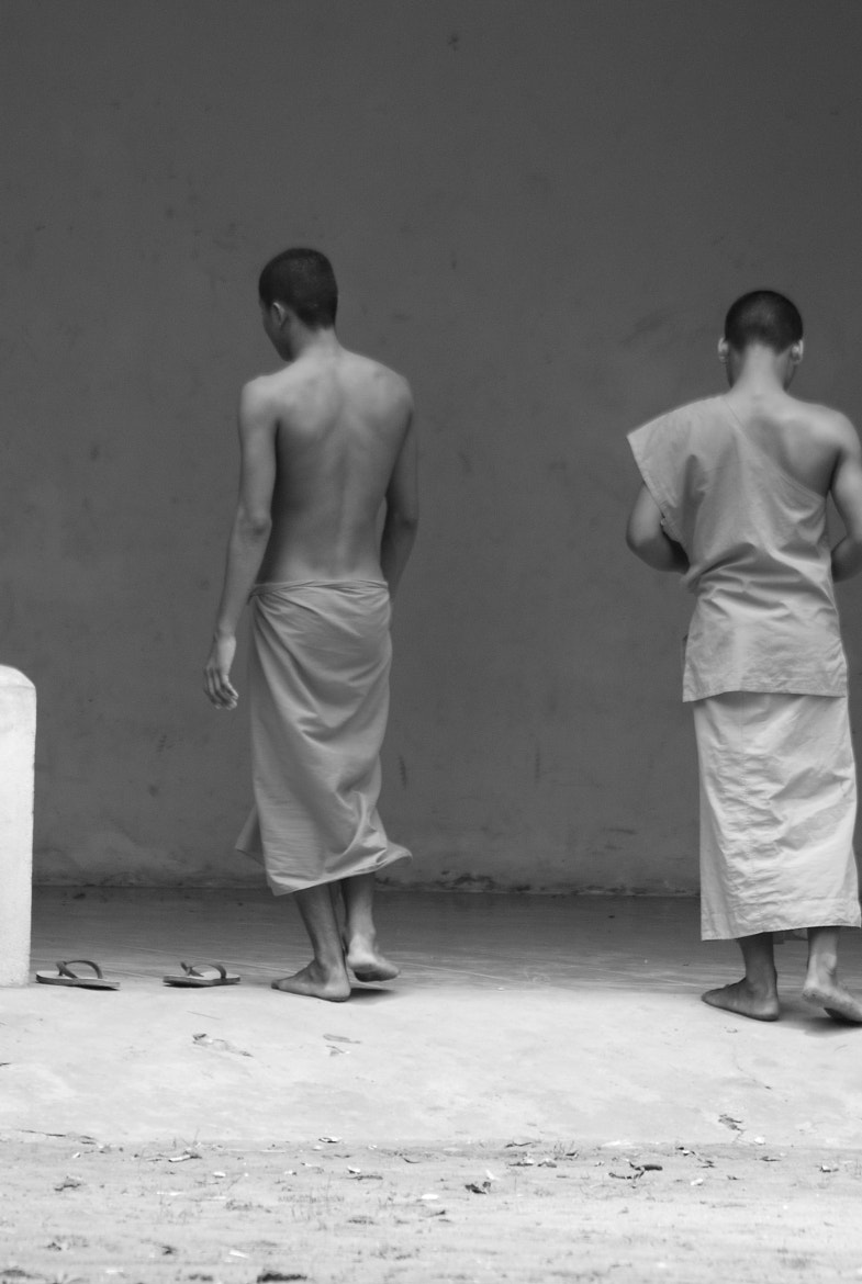 Photograph Monjes - Cambodia by Tommysalasphoto on 500px