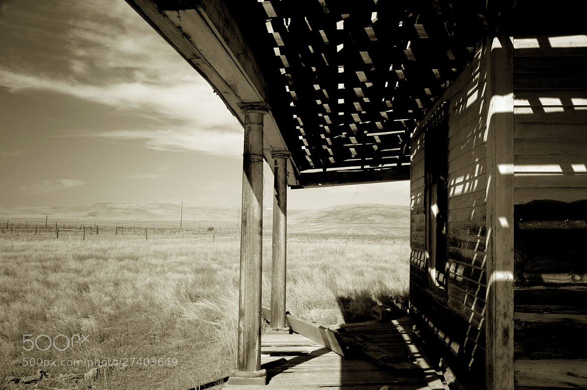 Photograph The front porch ... by Mark Hufstetler on 500px