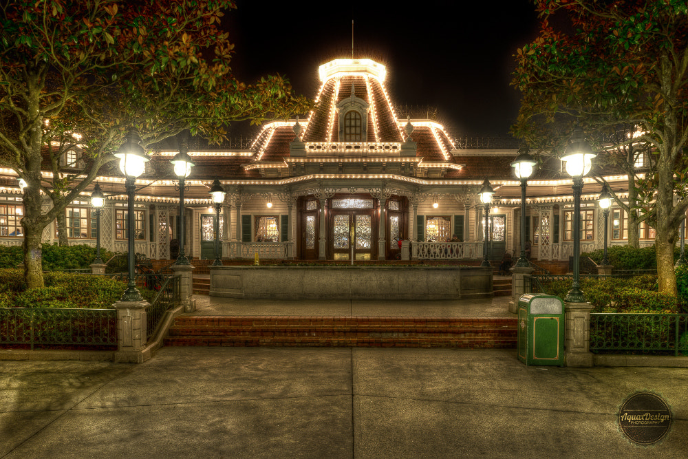 Photograph Plaza Gardens Restaurant HDR by Quentin Denoël on 500px