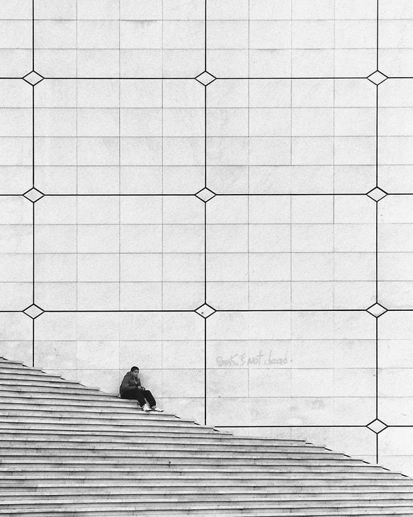 Photograph  On the steps by Laurent DUFOUR on 500px