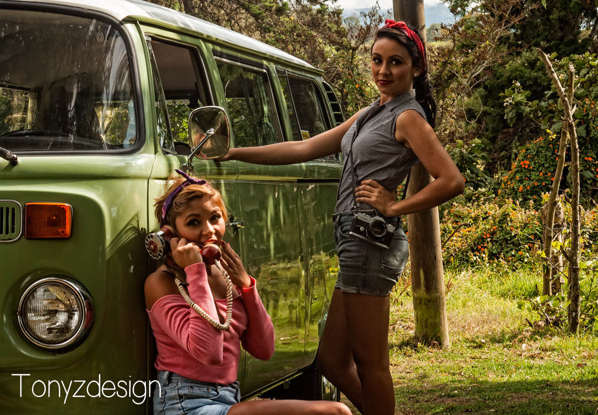 Photograph Volkswagen and girls by Anthony Zuñiga on 500px