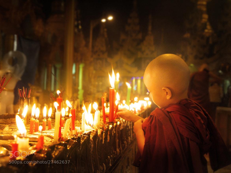 Little Monk by Navalarp Teratanatorn on 500px.com