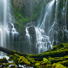 Giant Cascades by Rick Lundh (crazyaboutnature)) on 500px.com