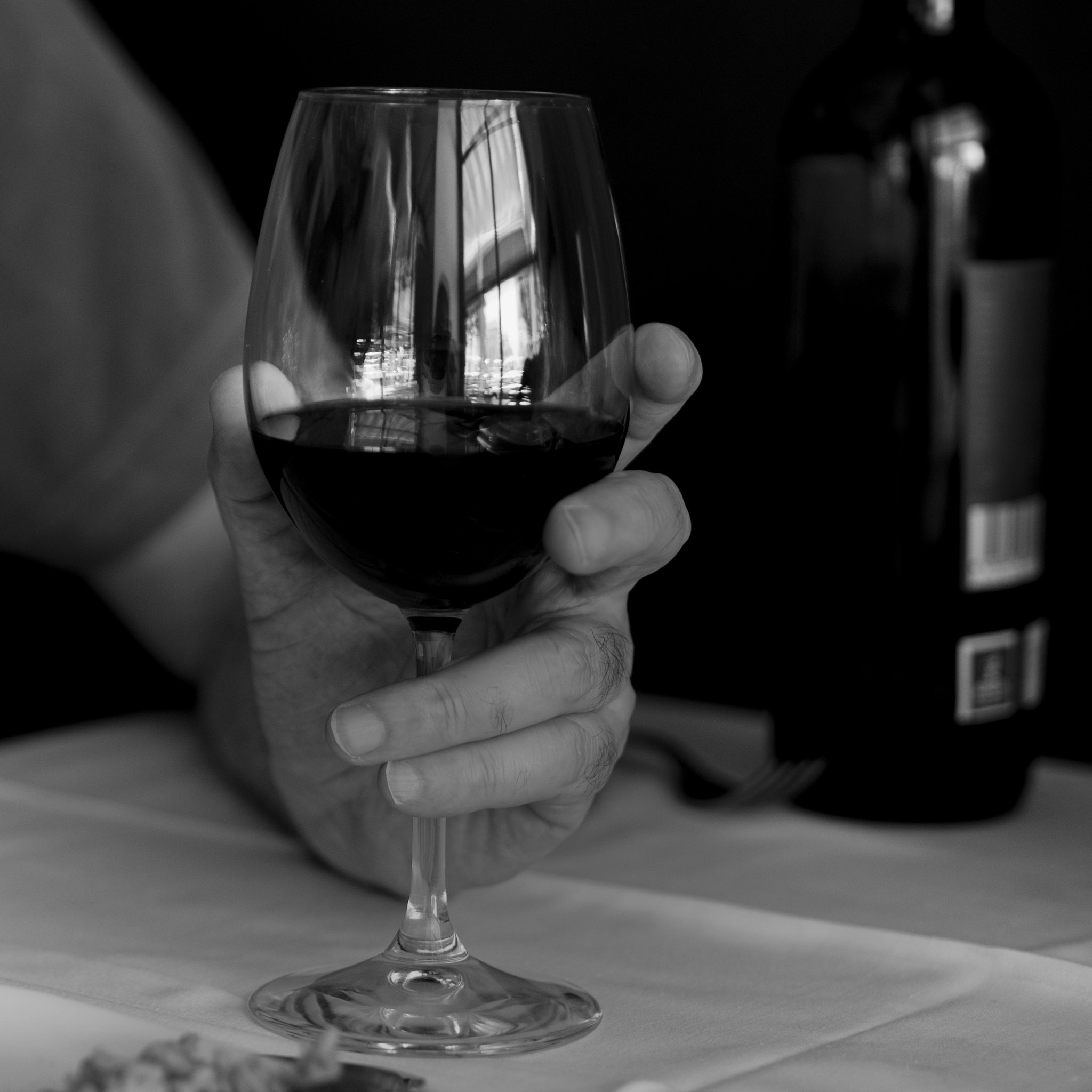 Photograph Red wine by Luis Zafra on 500px