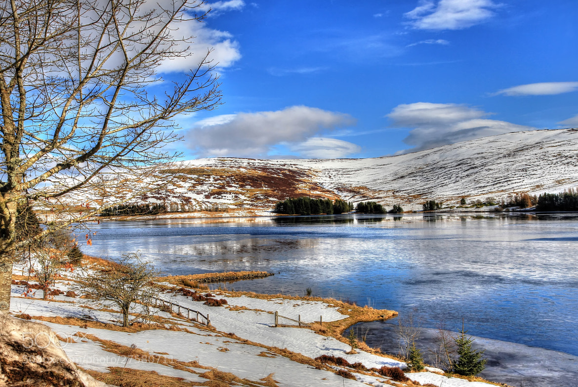 Photograph Over The Reservoir by Hilda Murray on 500px