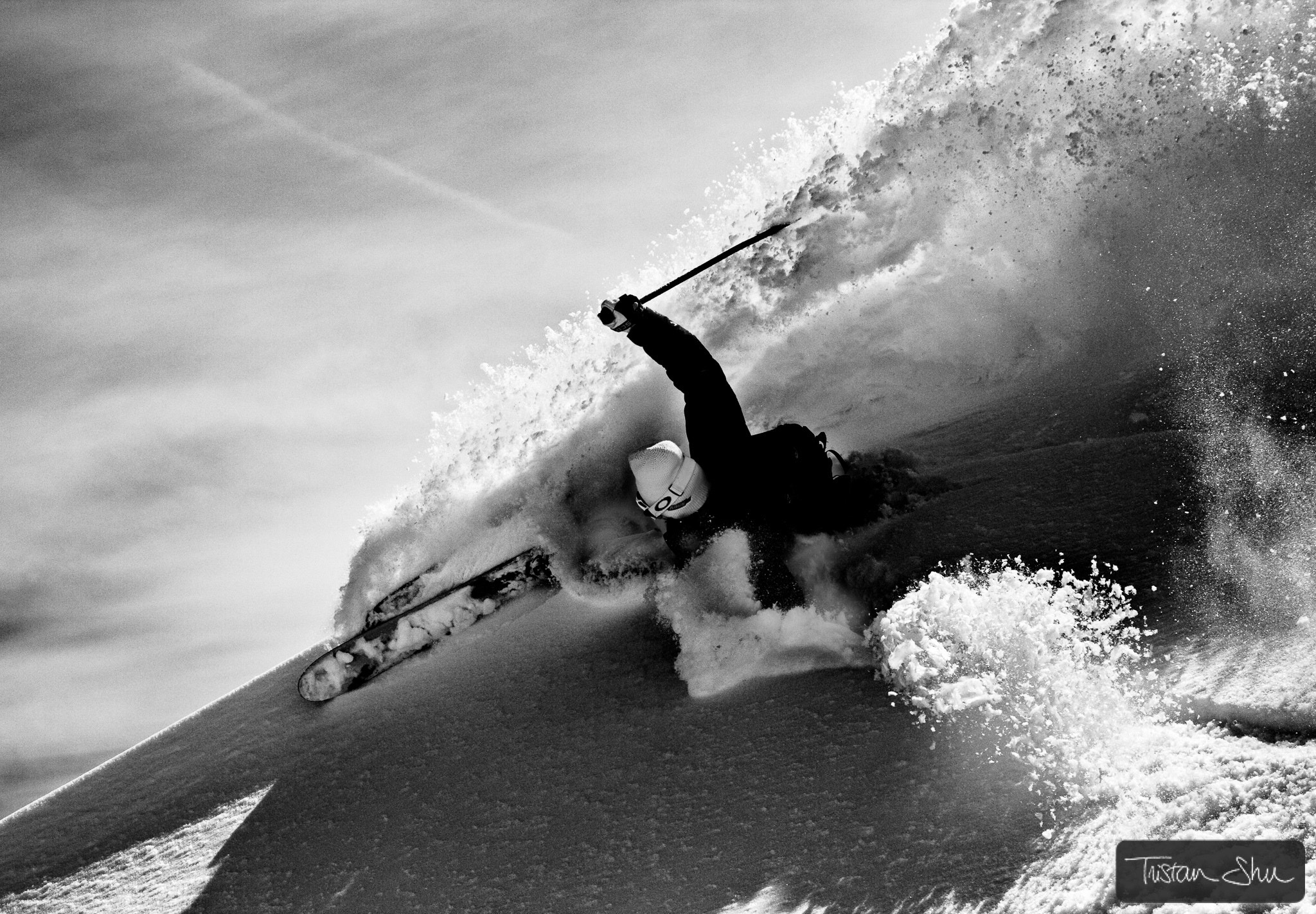 Photograph Powerful powder turn with Loic Die by Tristan Shu on 500px