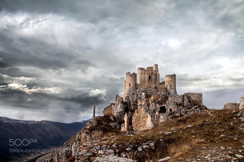 Photograph Castle of Rocca Calascio by Ercole Ranalli on 500px