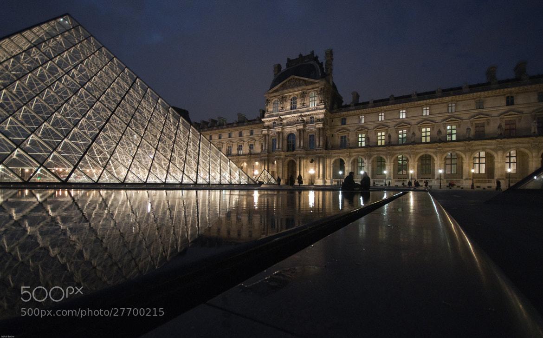 Photograph Le Louvre ( Paris mon amouur ) by Nabil BACHIR-CHERIF on 500px