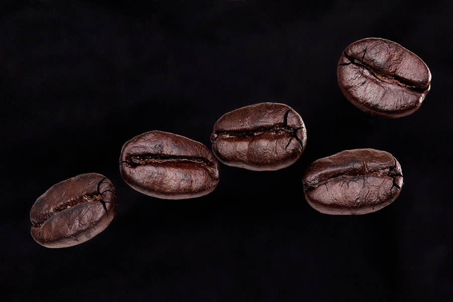 Photograph Roasted Coffee Beans by Prachit Punyapor on 500px