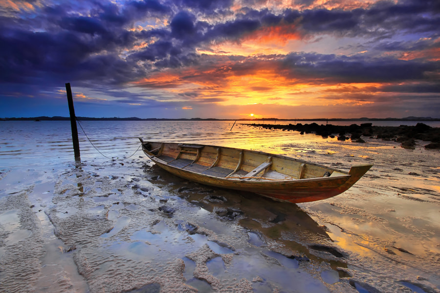 Photograph .:: Indonesian Boat ::. by Danis Suma Wijaya on 500px