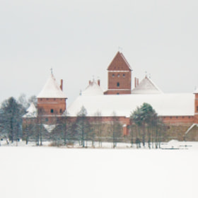 Snowy Trakai by El Kats (eliaslar)) on 500px.com