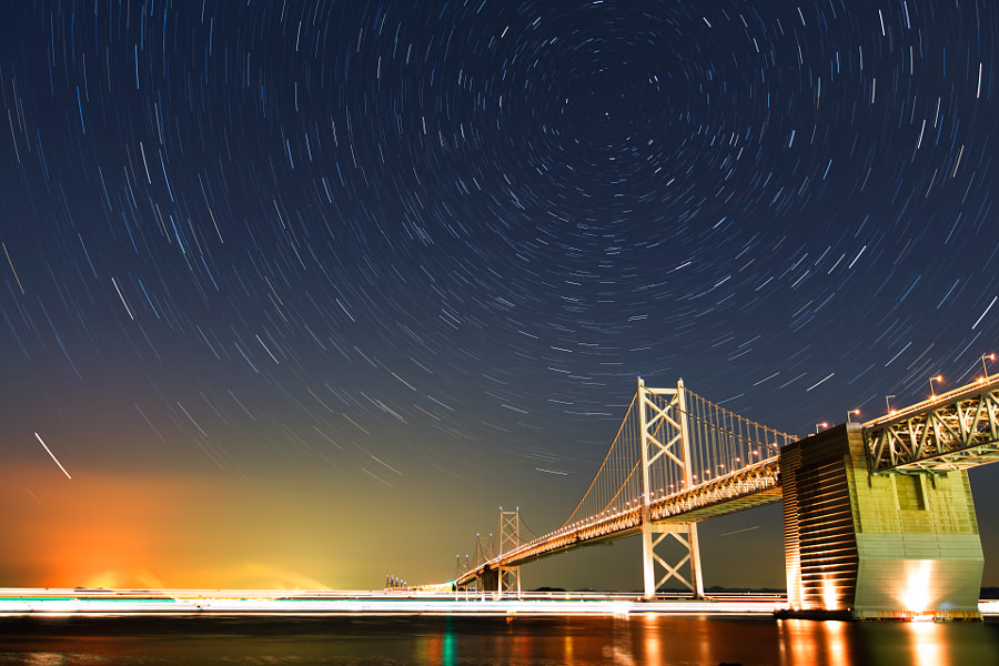 This image is composed of 40 pieces of 30sec exposure image. (taken at 2:12 AM to 2:32 AM)