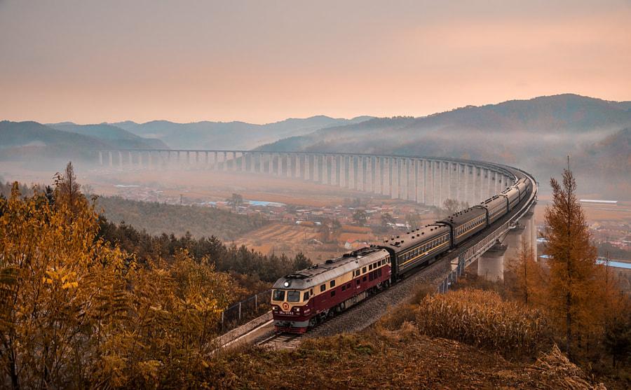开往秋天的列车, автор — 眼睛  на 500px.com