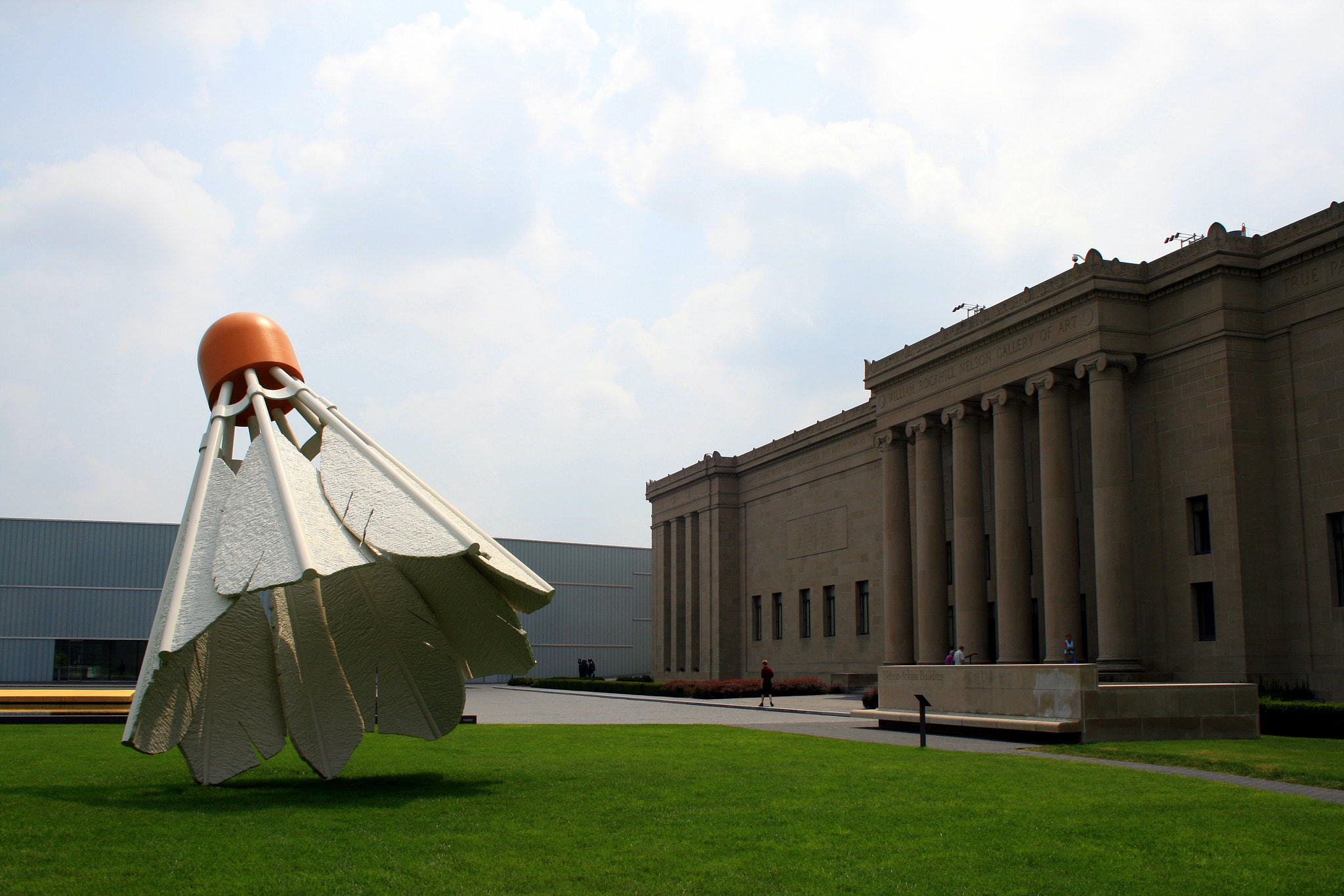 Photograph Nelson Atkins Art Museum by Ishé Reyes on 500px