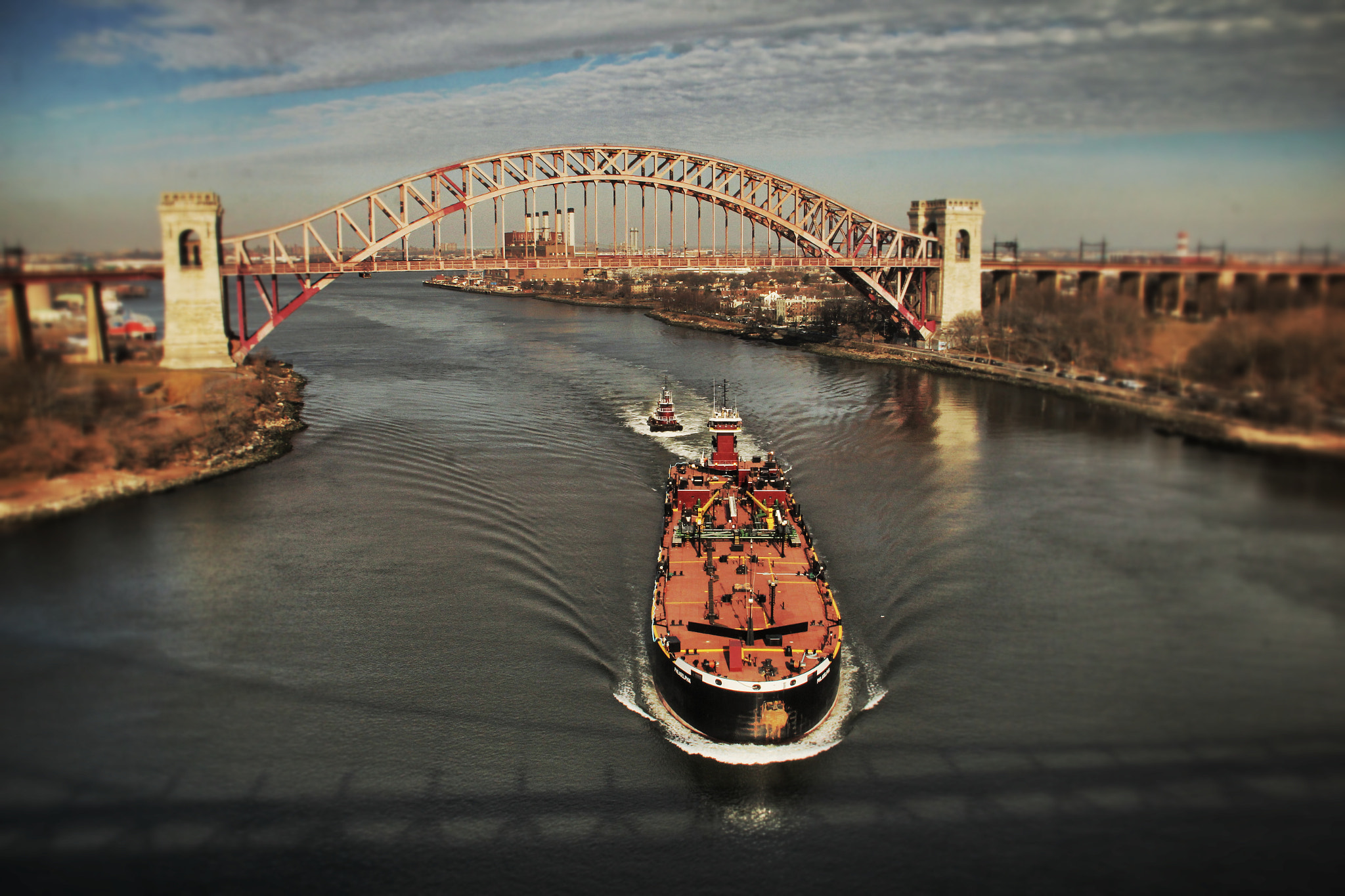 Photograph Hell Gate Bridge by Monica Zorrilla on 500px