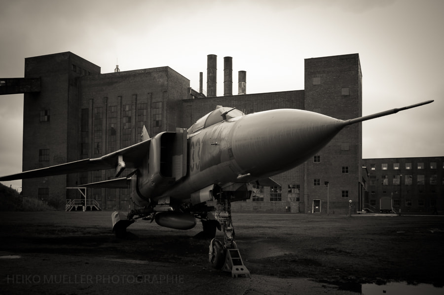 Photograph The old jet by Heiko Mueller on 500px