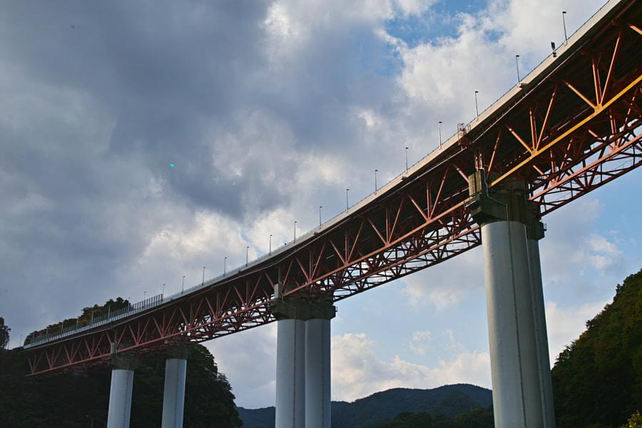 500px.comのfotois youさんによるYamakita Kawauchi-River Bridge