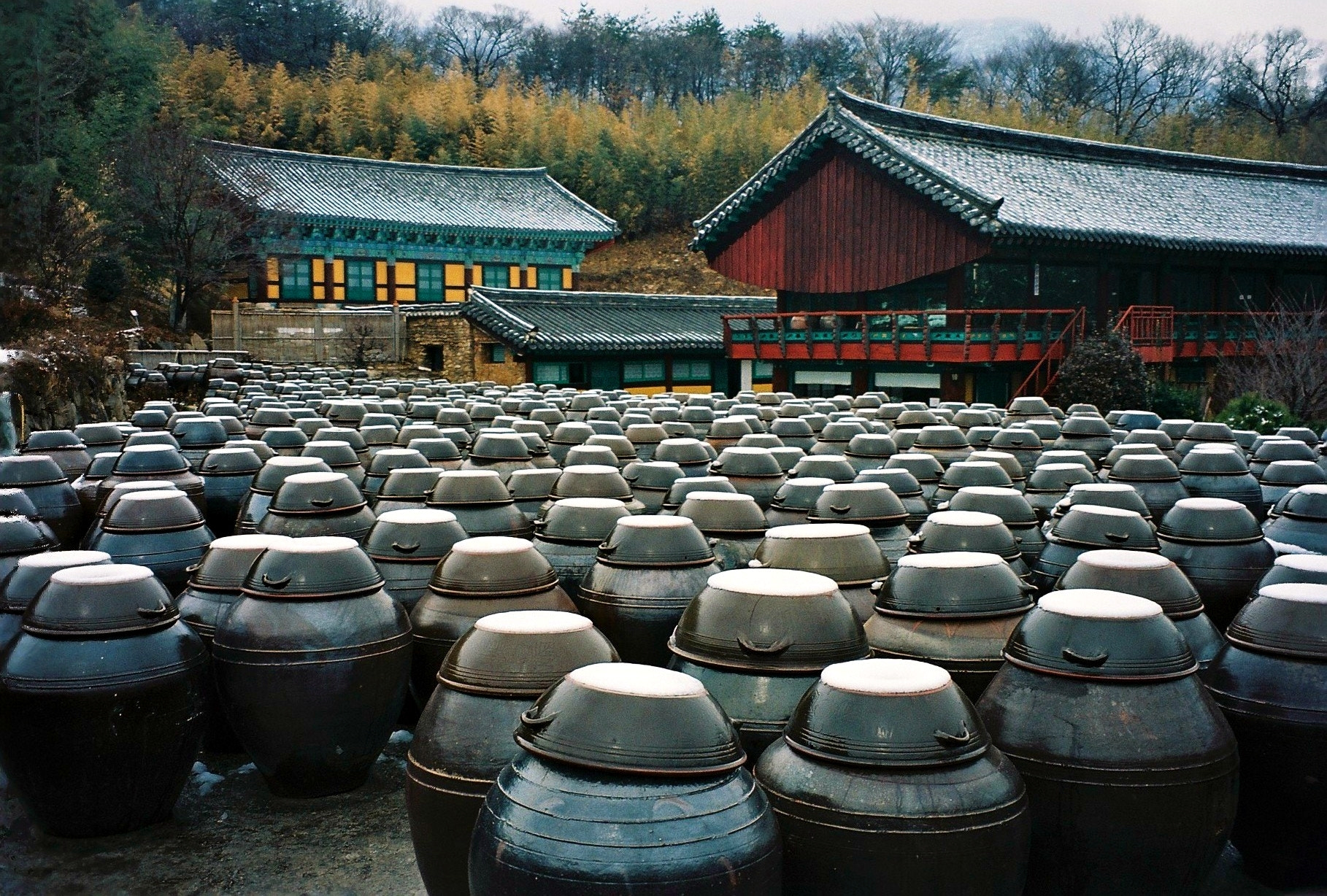 Photograph Jar In The Temple by RYNTEN  on 500px