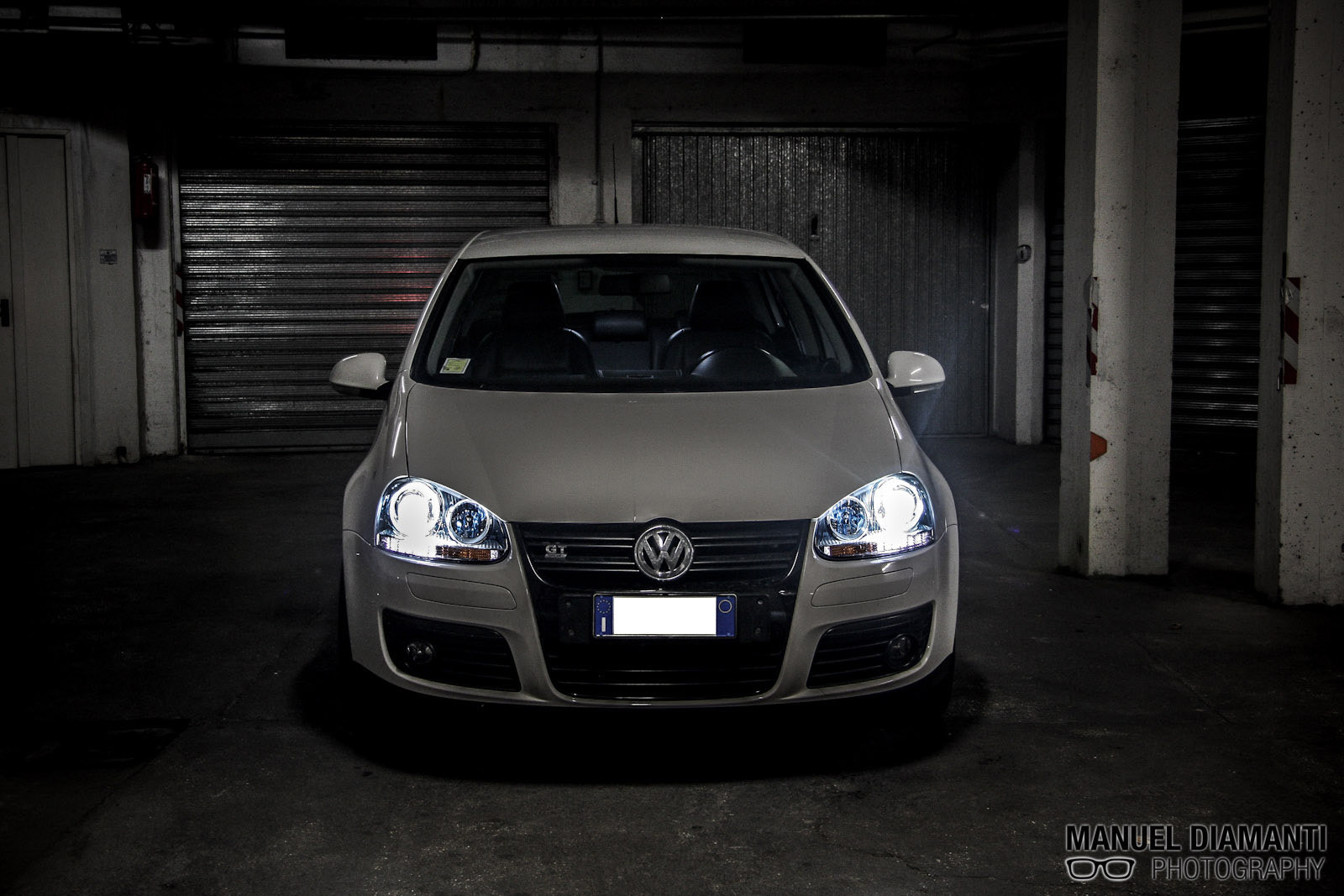 garage light vw golf 5 gt sport by manuel diamanti 500px. Black Bedroom Furniture Sets. Home Design Ideas