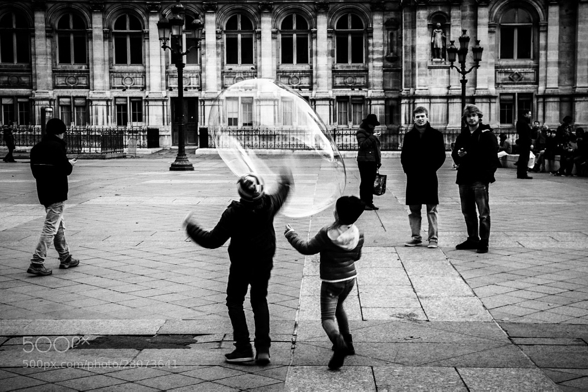Photograph to be a child in Paris by Seda Bak on 500px