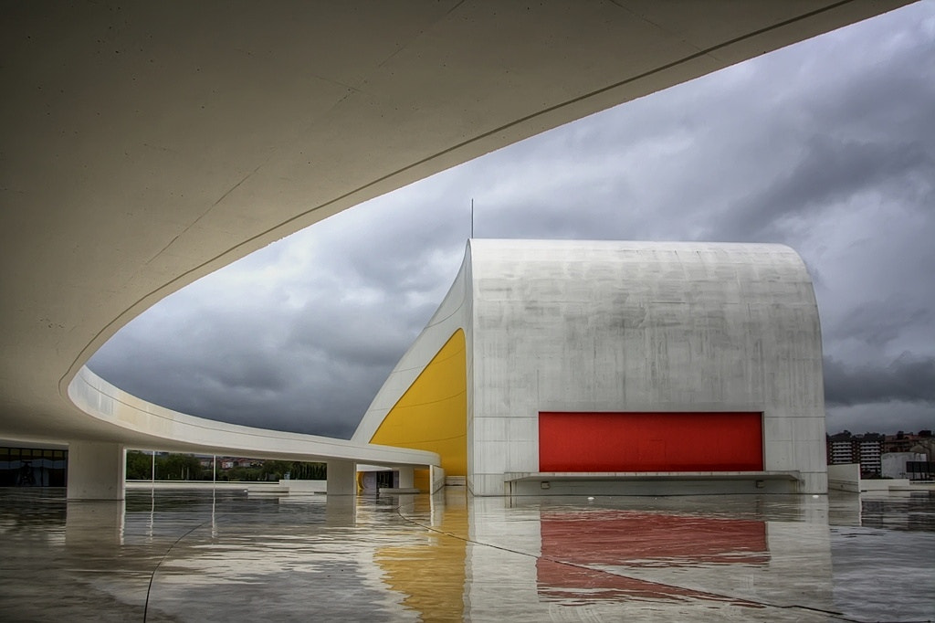 Photograph Niemeyer Centro by Isidoro M on 500px