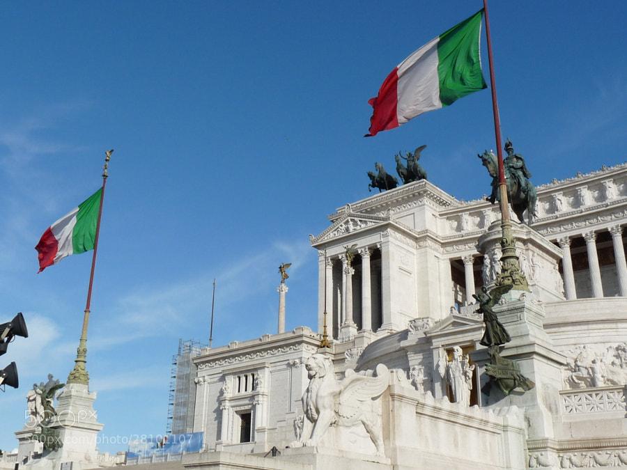 Monumento a Vítor Emanuel II da Itália by Romain Galati (rgt26)) on 500px.com