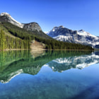 Постер, плакат: Lake of the Emerald City British Columbia Canada