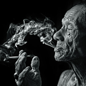 smoker#8 by Yaman Ibrahim (yamanibrahim) on 500px.com