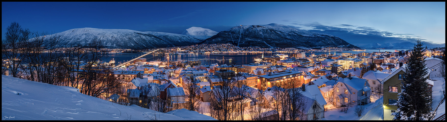 Photograph Arctic City by Jan Geerk on 500px