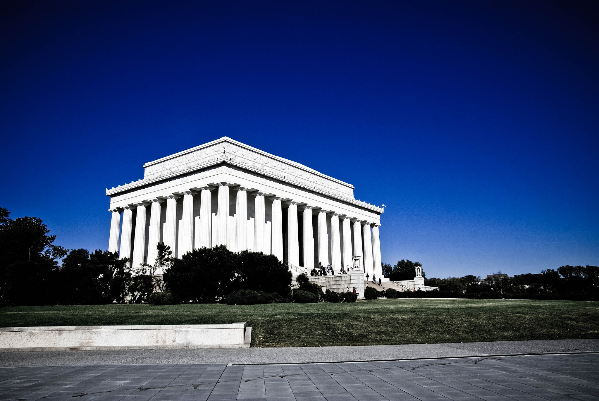 Photograph The Lincoln Memorial by googoh  on 500px