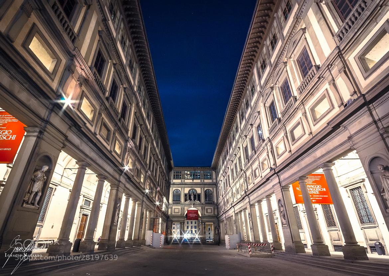 Photograph Firenze II. Piazzale degli Uffizi by Ignacio  Navarro  on 500px