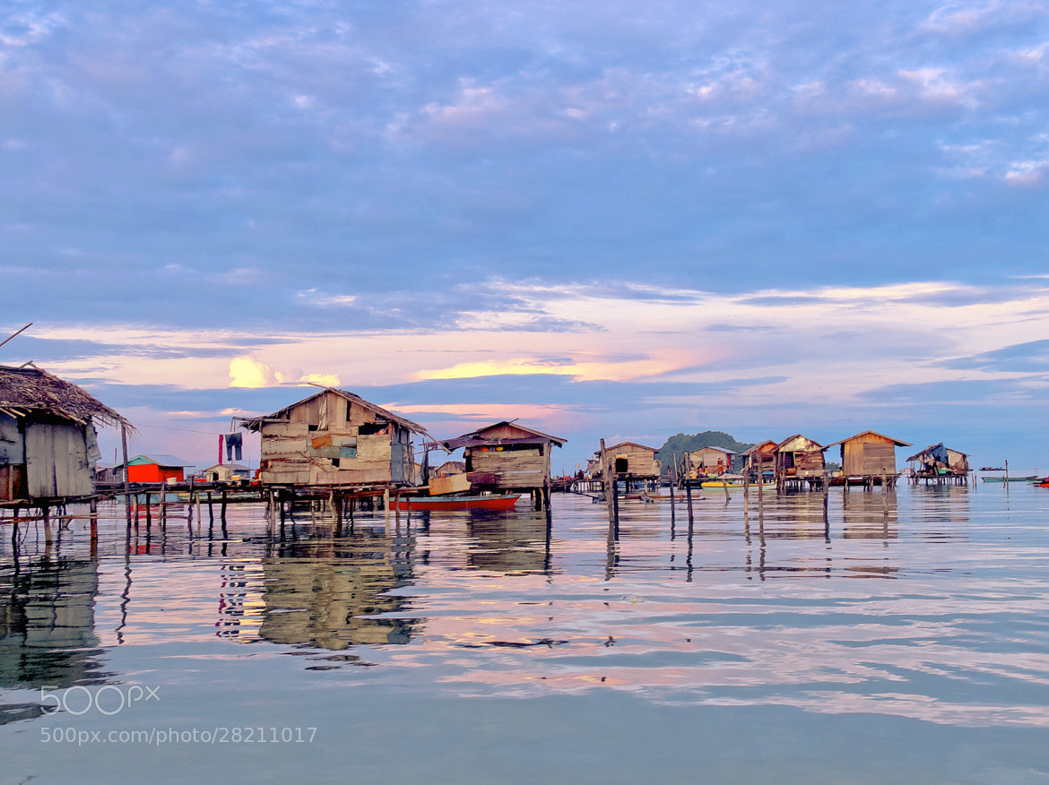 Photograph Sea Gypsy Village - 红霞印。 by FaceChoo Yong on 500px