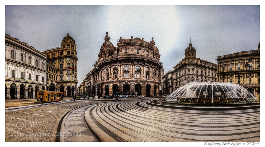 Photograph Piazza de Ferrari (Génova) by Juana Maria Ruiz on 500px