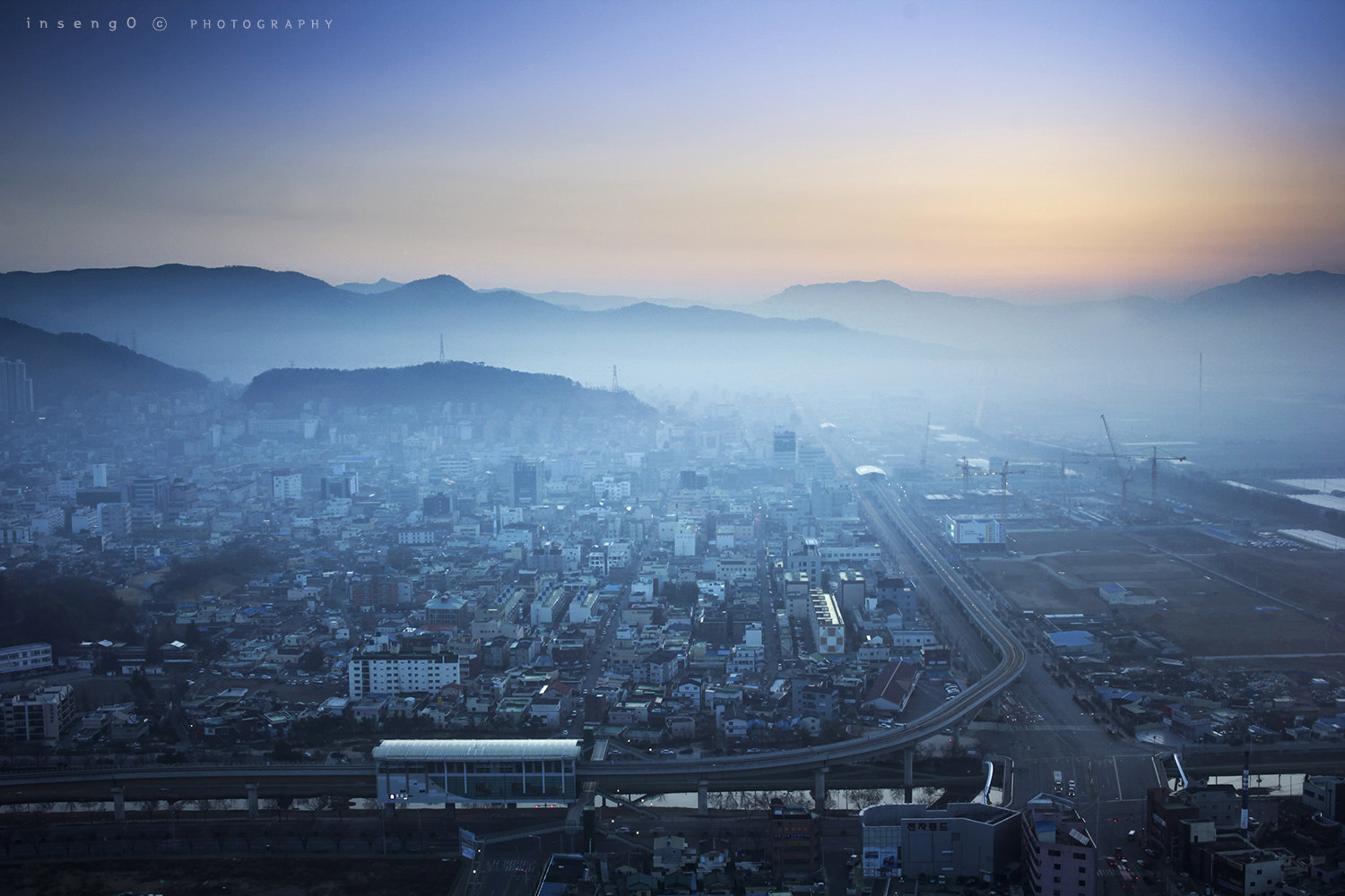 Photograph GROWING  CITY by chan-wook Kim on 500px