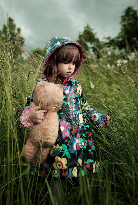 Photograph Kid with teddy bear II by Kiril Stanoev on 500px