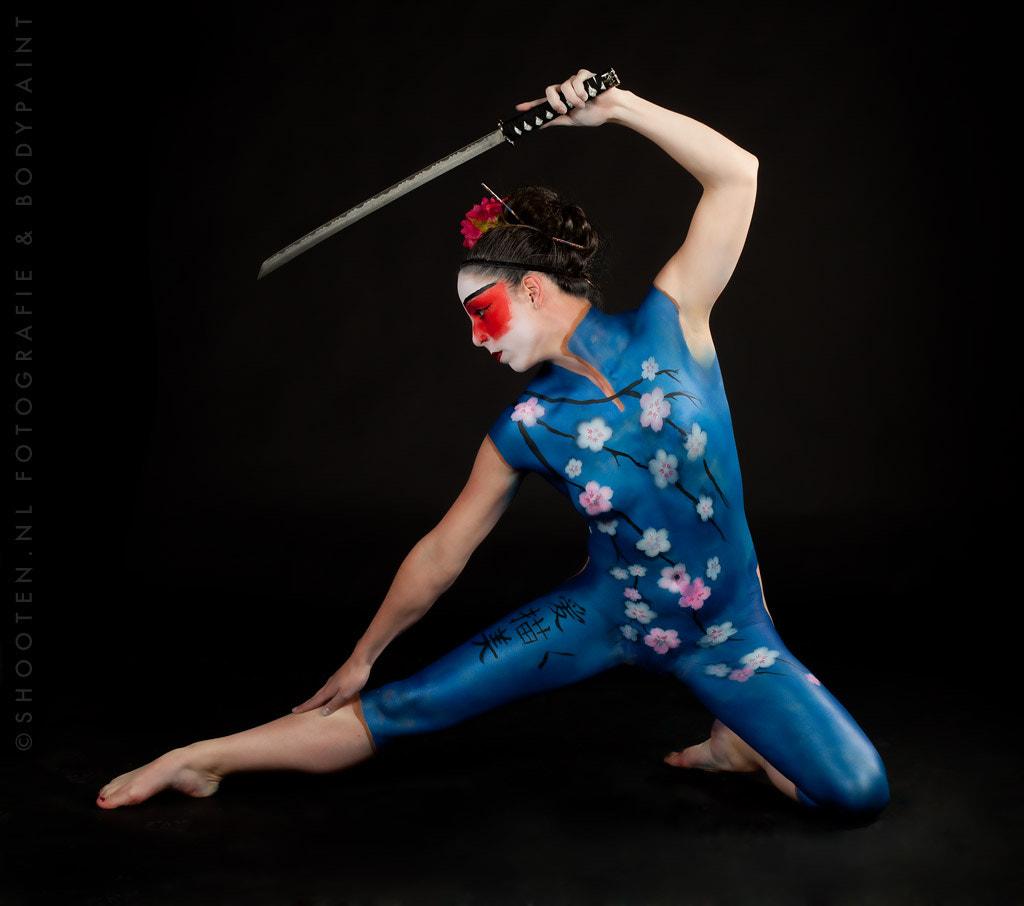 Photograph Bodypaint Geisha by Shooten .NL on 500px