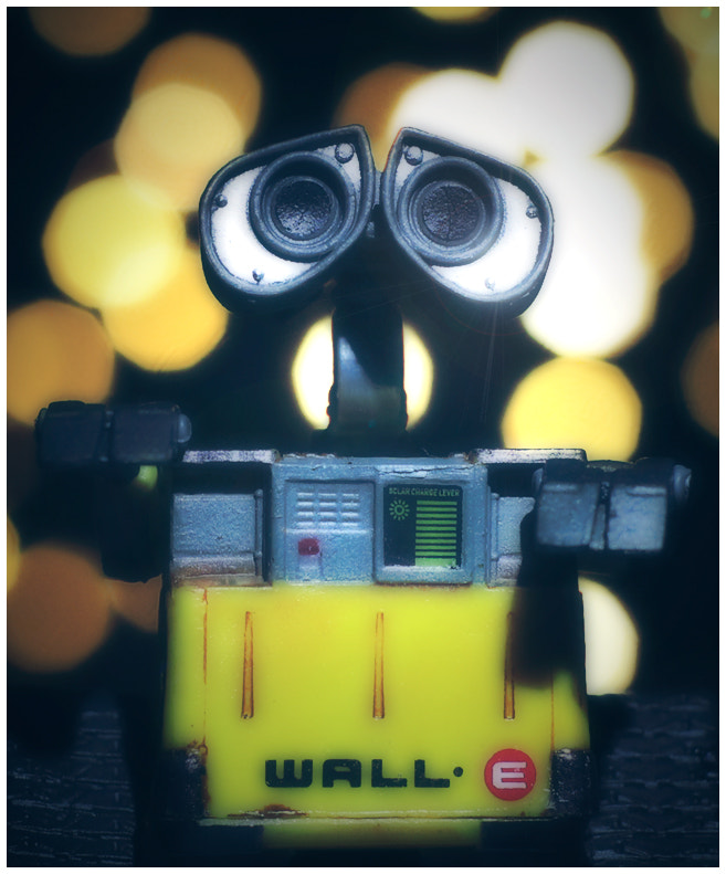 Photograph Wall-E phone Eeee-VA...please? by Fredrik Strømme on 500px