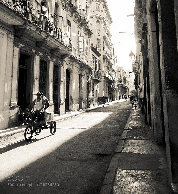 Photograph La bicicleta by janis kwasney on 500px