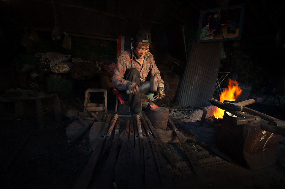 Photograph Blacksmith knife by Chanwit Whanset on 500px