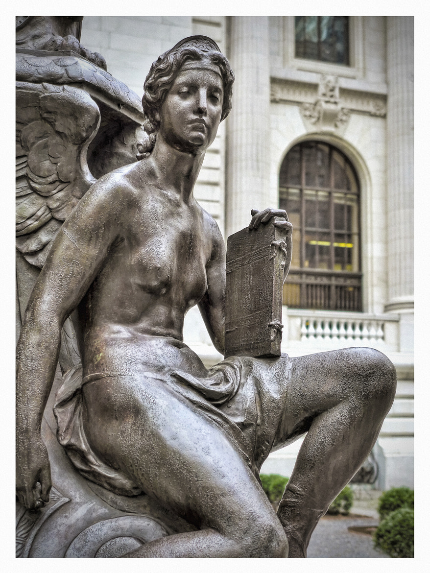 Photograph New York Public Library Female Statue by Steven Li on 500px