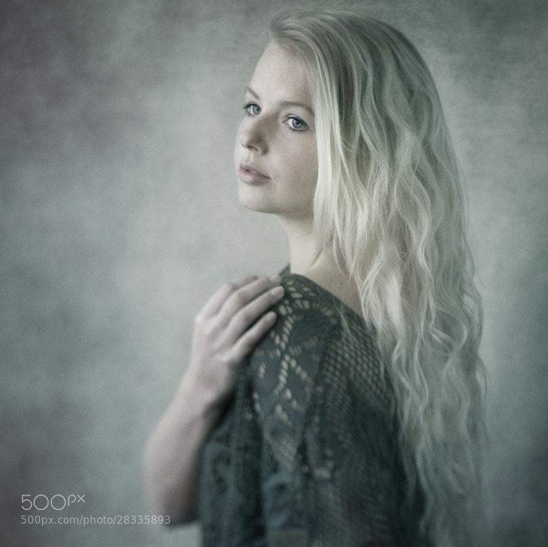 Photograph Bright Eyes... Black Soul... by Sabrina de Vries on 500px