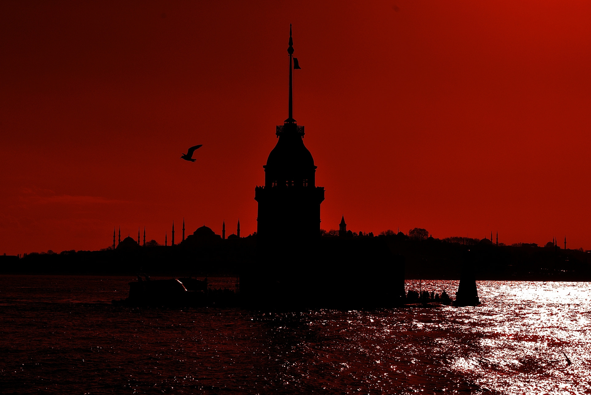 Photograph Maiden's Tower Üsküdar by Ayhan ÇAKAR on 500px
