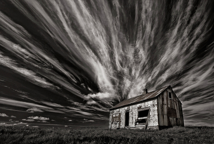 Photograph Cabin (mono) by Þorsteinn H Ingibergsson on 500px