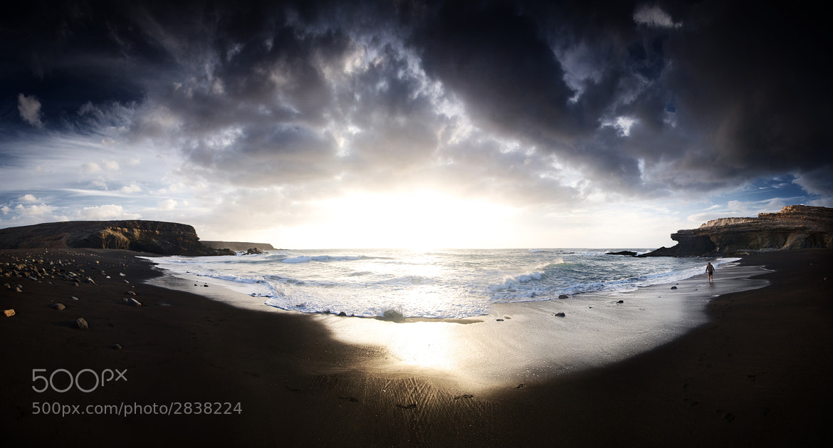 Photograph Black beach by Jus Medic on 500px