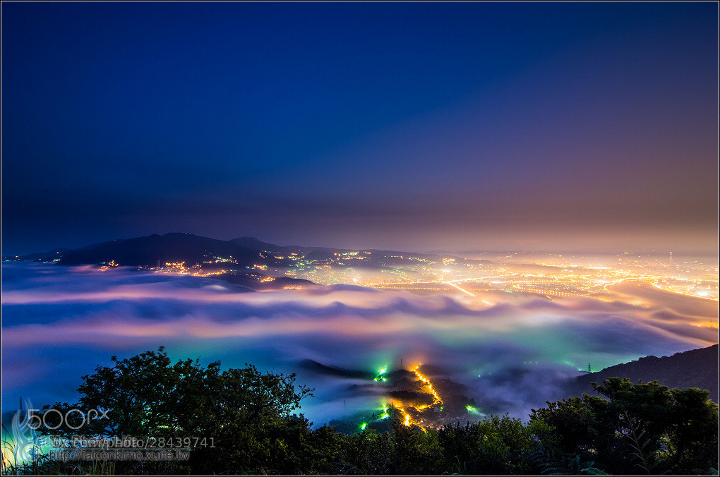 Photograph Guanyin Shan tough guy Ridge.Sea of ​​clouds by 展源 許 on 500px