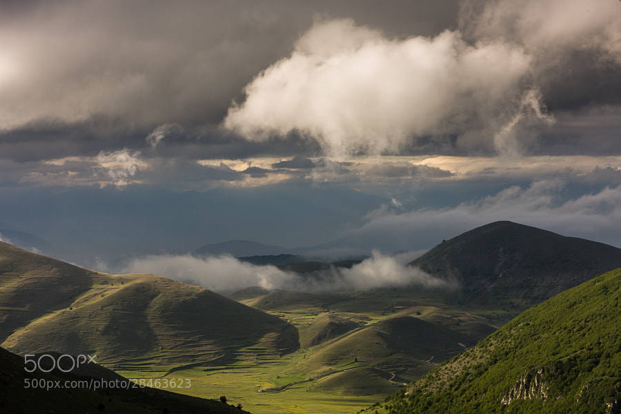 "<a href=""http://www.hanskrusephotography.com/Workshops/Abruzzo-May-2013/26793043_tcbXsq#!i=2410647594&k=Svxqrph&lb=1&s=A"">See a larger version here</a>