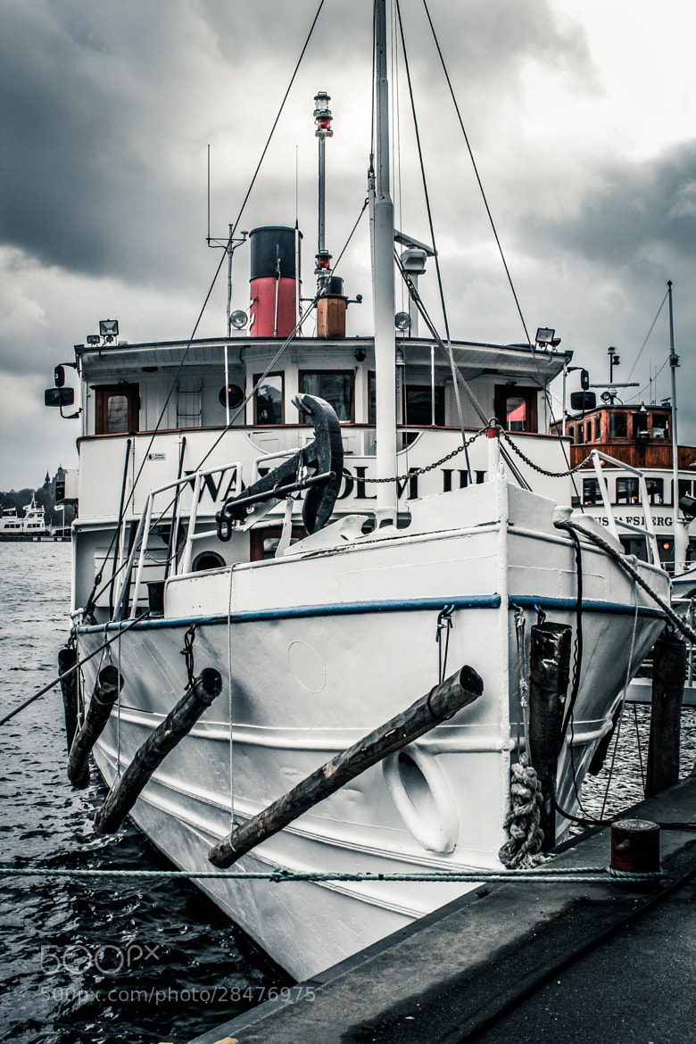 Photograph HDR Boat in Stockholm by Filippo Arbinolo on 500px